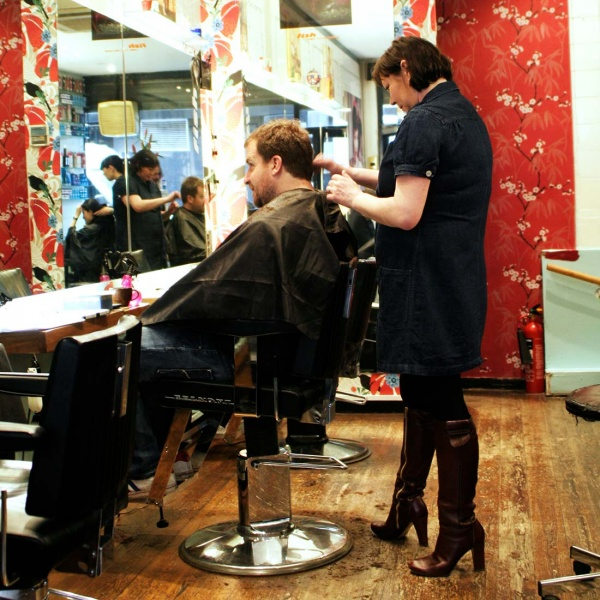 Styling and cutting in the Fish Salon