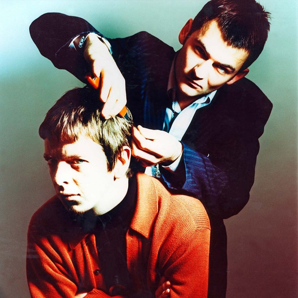 Paul styling the 'Scarface' haircut